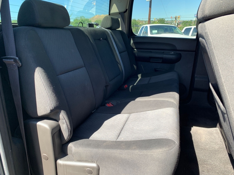 Chevrolet Silverado 2500HD 2011 price $21,900