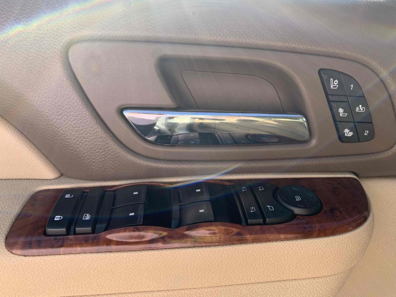 Chevrolet Suburban 2012 price $18,900