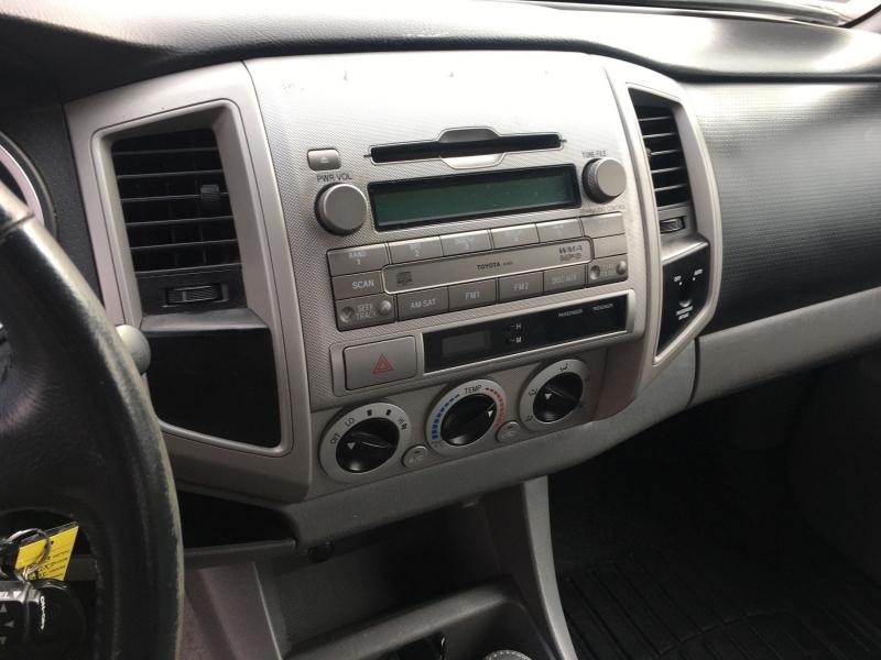 Toyota Tacoma 2009 price $12,495
