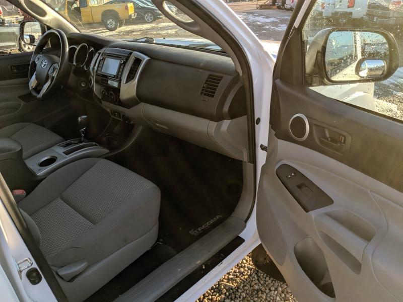 Toyota Tacoma 2015 price $24,400