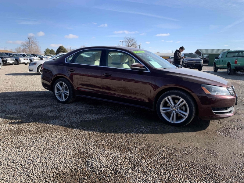 Volkswagen Passat 2014 price $13,400