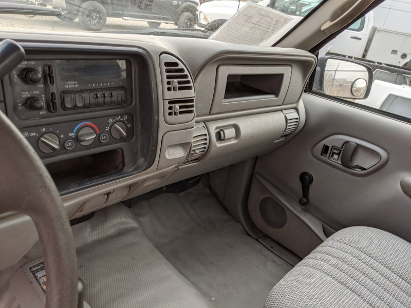 Chevrolet C/K 2500 Series 2000 price $3,900