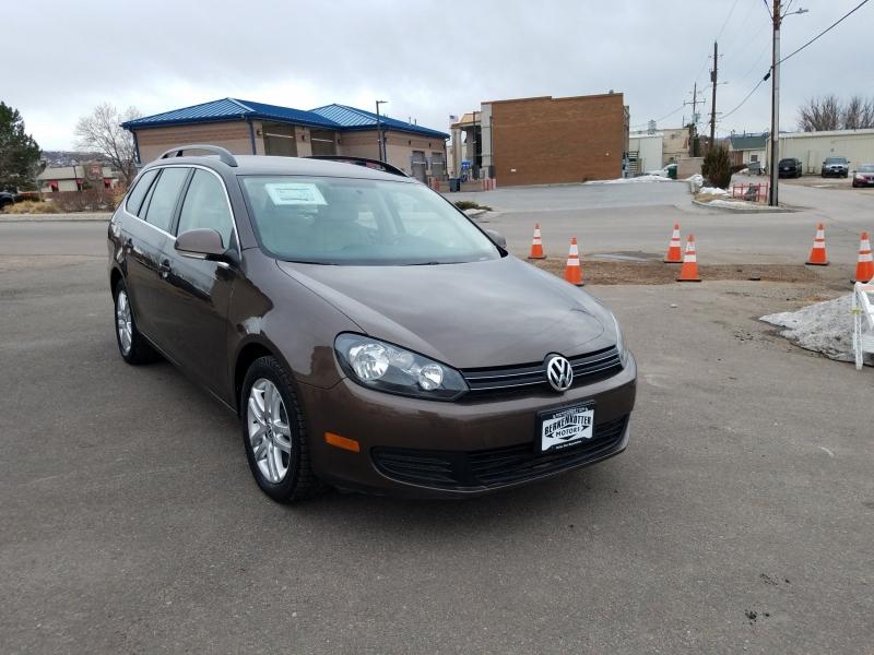 Volkswagen Jetta 2011 price $9,900
