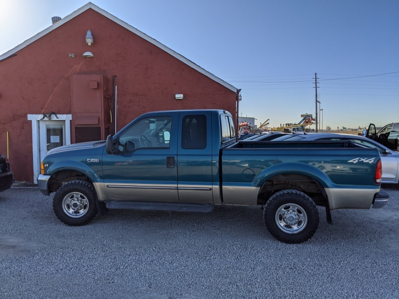 Ford F-250 Super Duty 2000 price $7,400