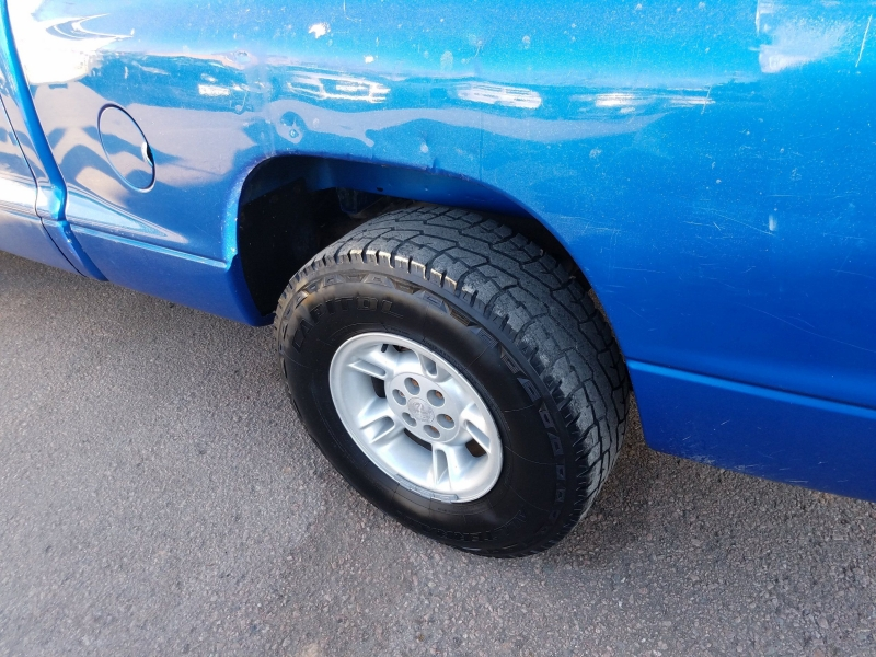 Dodge Dakota 1999 price $2,995