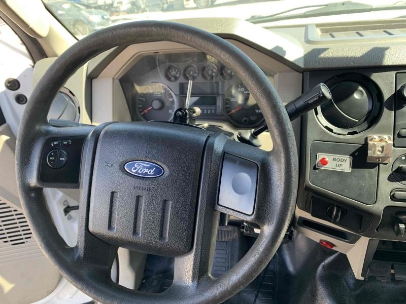 Ford F-550 Super Duty 2009 price $10,900