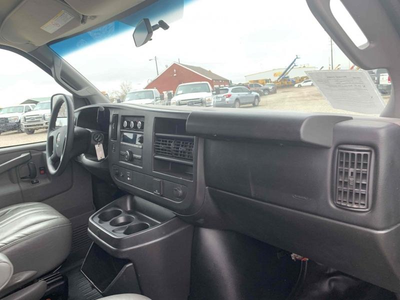 GMC Savana Passenger 2016 price $12,900
