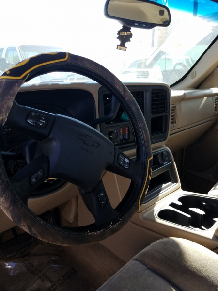Chevrolet Silverado 2500HD 2004 price $4,500