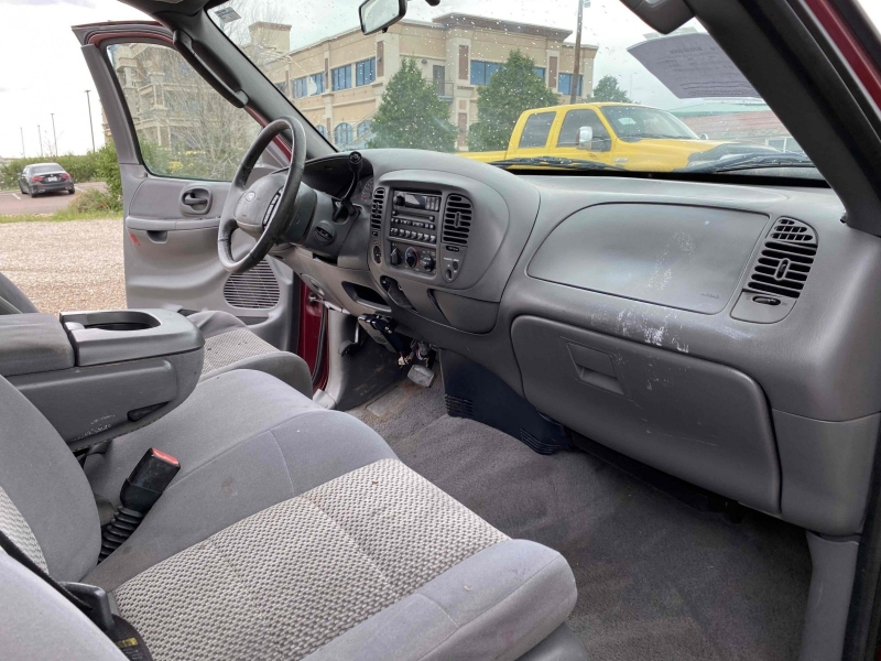 Ford F-150 2003 price $6,400