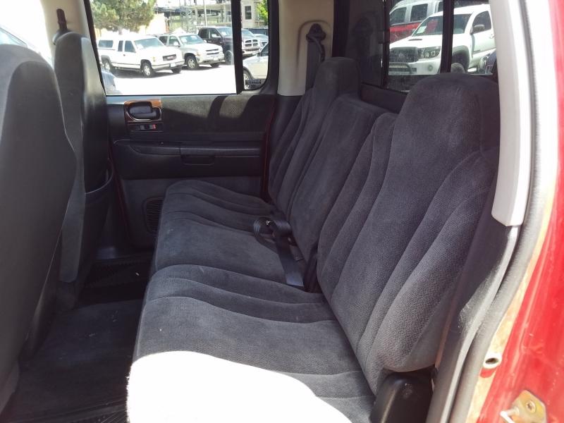 Dodge Dakota 2001 price $6,995
