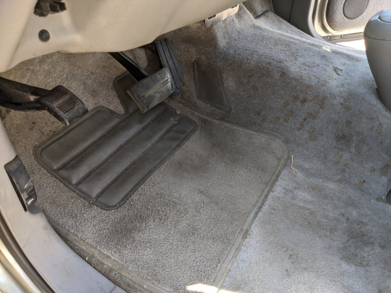 Chevrolet Suburban 1999 price $9,995