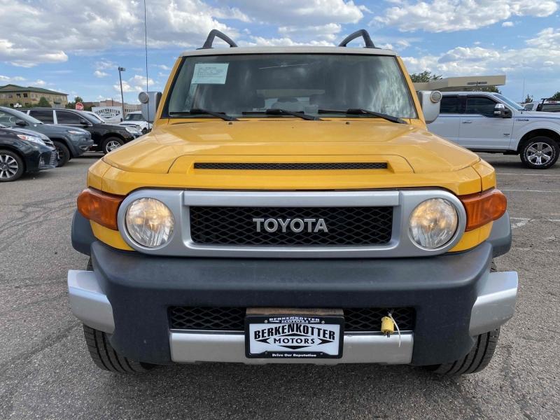 Toyota FJ Cruiser 2007 price $15,500