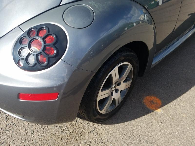 Volkswagen New Beetle 2006 price $4,900