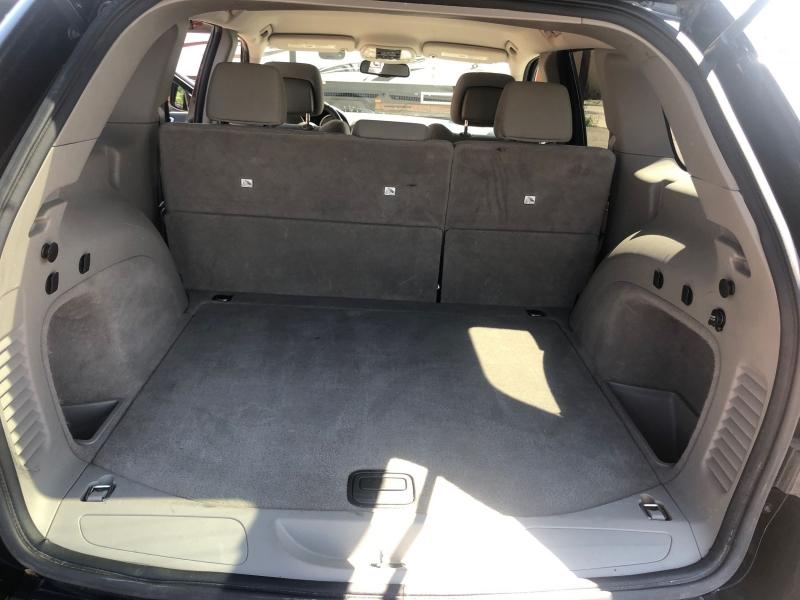 Jeep Grand Cherokee 2011 price $17,900