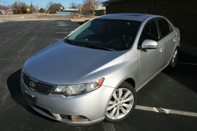 Kia Forte 2011 price $3,250 Cash