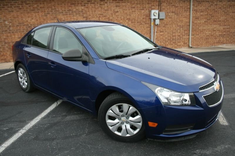 Chevrolet Cruze 2013 price $5,450 Cash