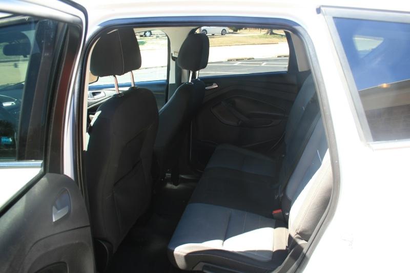 Ford Escape 2014 price $5,950 Cash