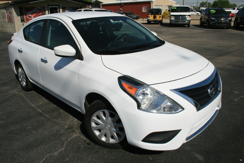 Nissan Versa 2015 price $5,450 Cash