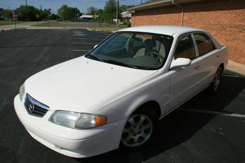 Mazda 626 2002 price $2,750 Cash