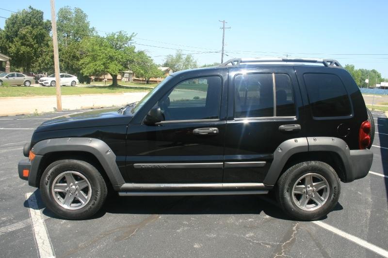Jeep Liberty 2005 price $4,450 Cash