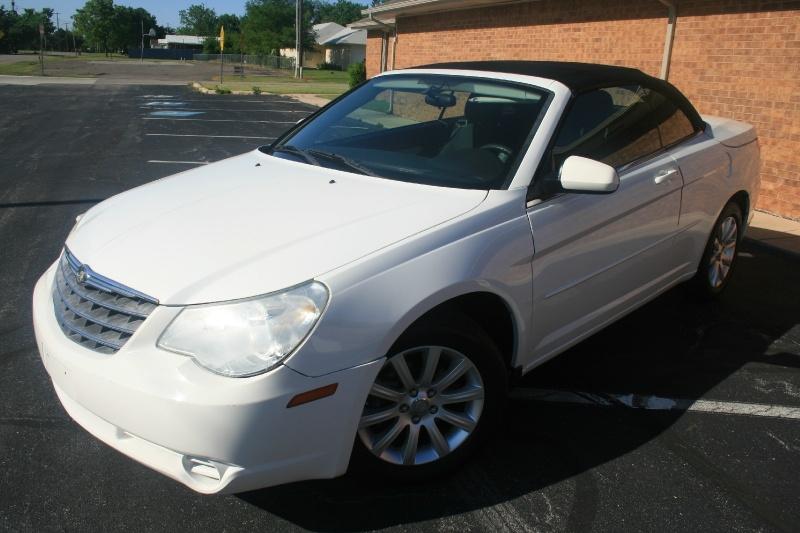 Chrysler Sebring 2010 price $4,295 Cash