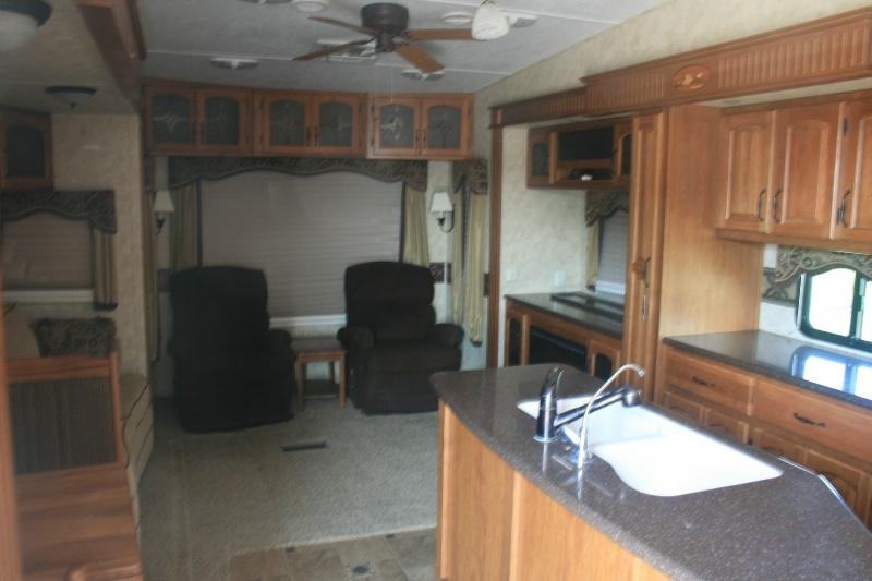 Keystone Montana 2010 price $18,995 Cash