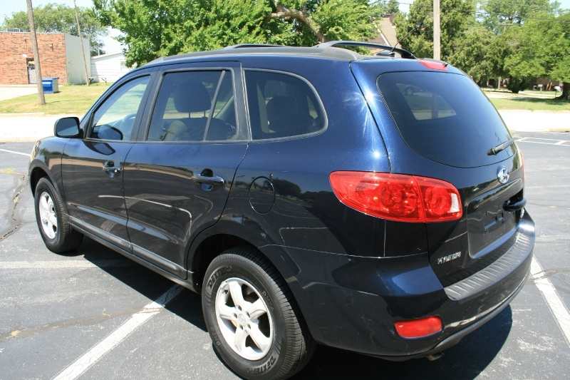 Hyundai Santa Fe 2008 price $4,850 Cash