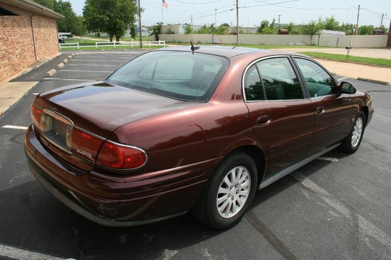 Buick LeSabre 2005 price $3,450 Cash