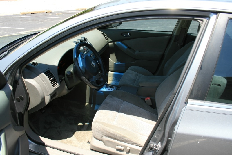 Nissan Altima 2007 price $4,650 Cash