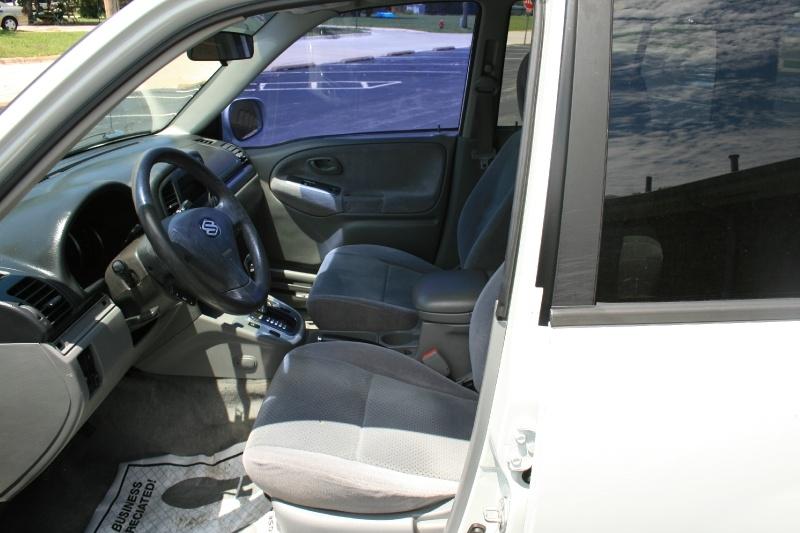 Suzuki Grand Vitara 2004 price $3,995 Cash