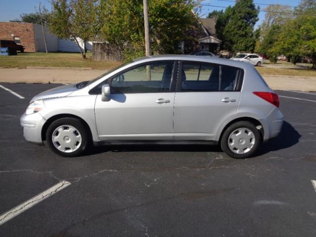 2008 Nissan Versahatchbackgas Saver Inventory Auto