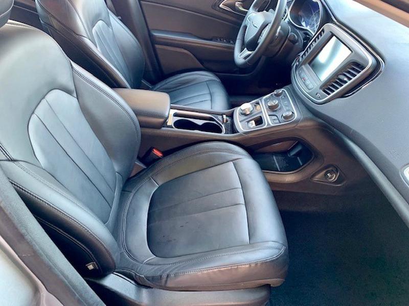 Chrysler 200-Series 2015 price $12,950