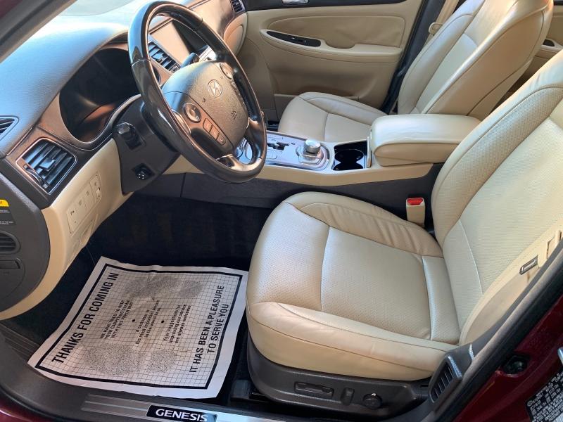 Hyundai Genesis 2010 price $8,950
