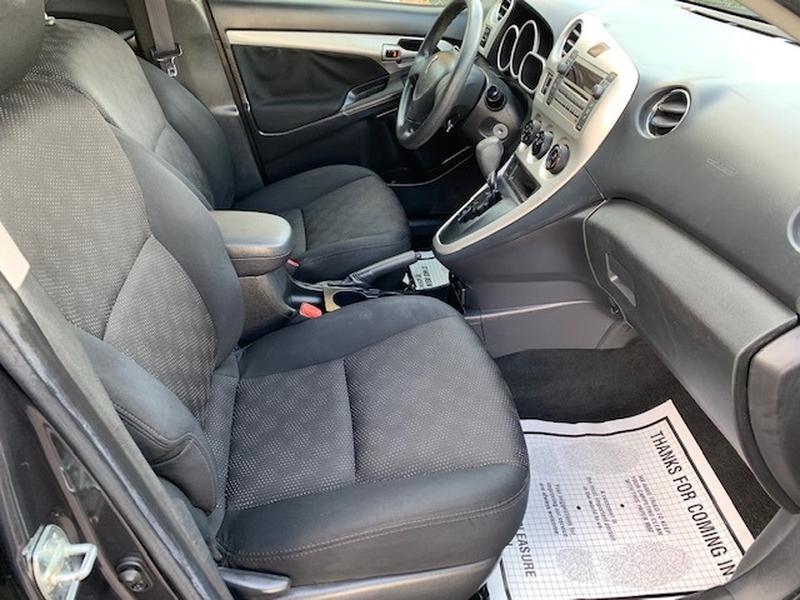 Pontiac Vibe 2009 price $4,950