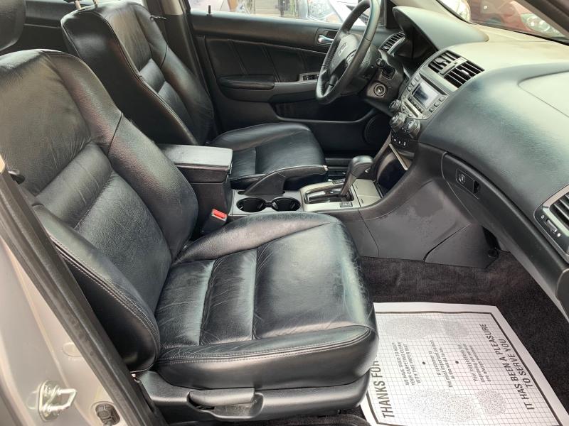 Honda Accord 2006 price $5,500