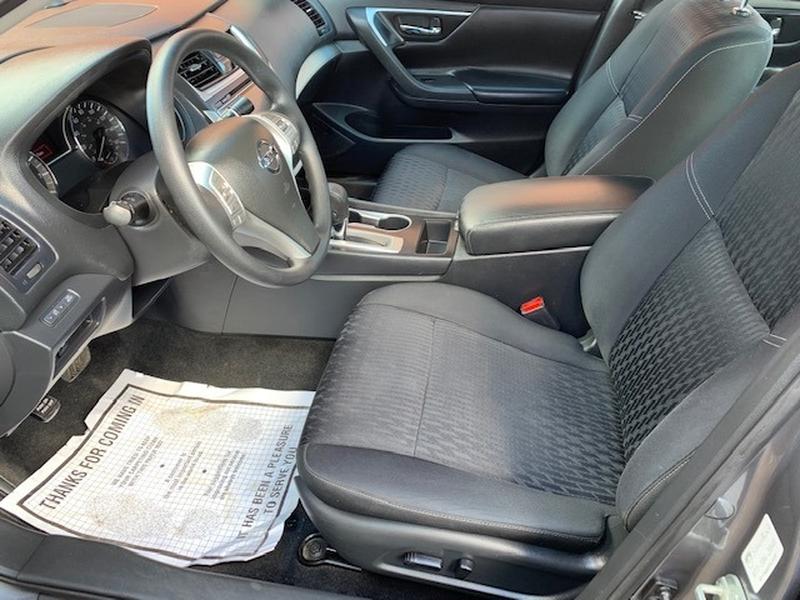 Nissan Altima 2017 price $10,950