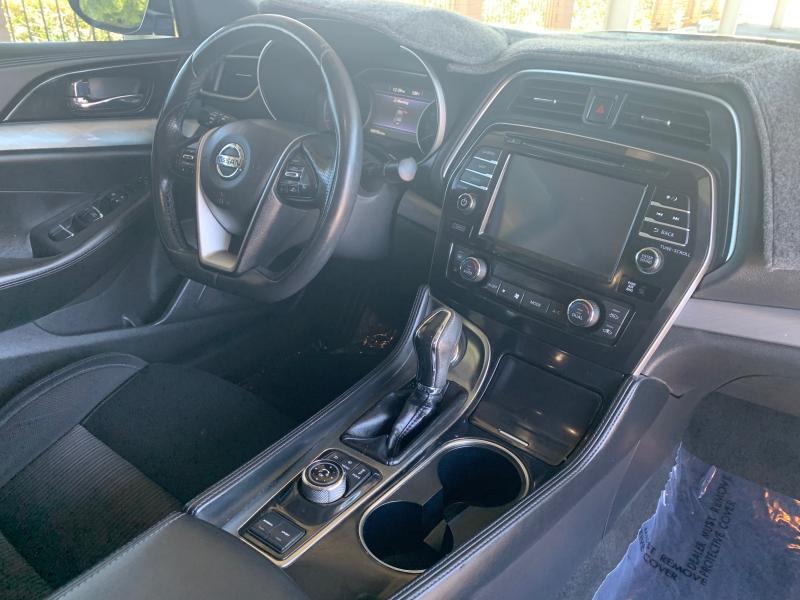 Nissan Maxima 2016 price $13,950