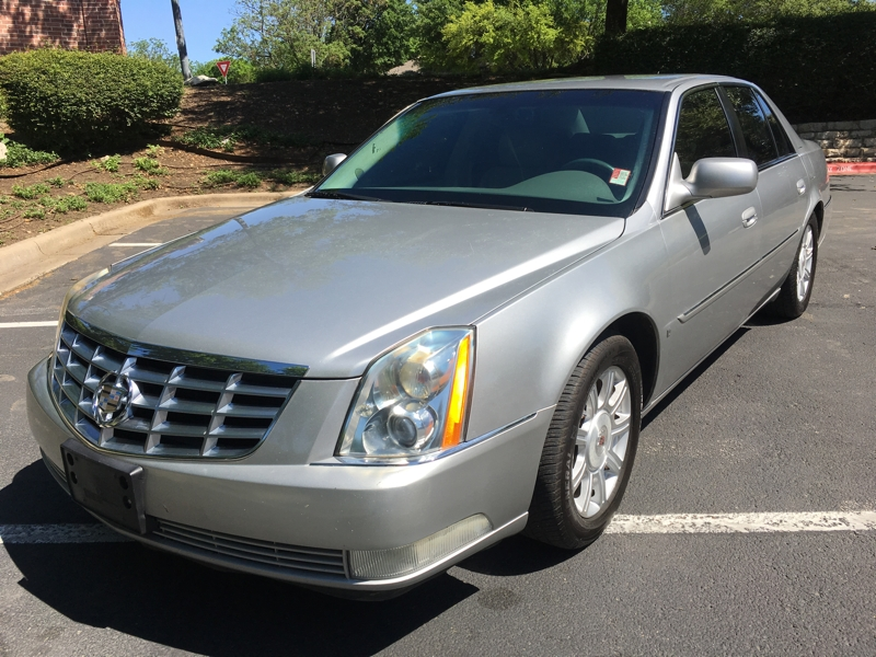 Cadillac DTS 2008 price $4,600