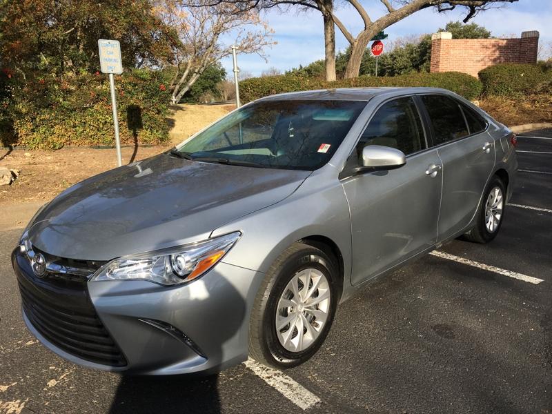 Toyota Camry 2016 price $12,900