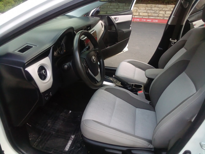 Toyota Corolla 2018 price $12,600