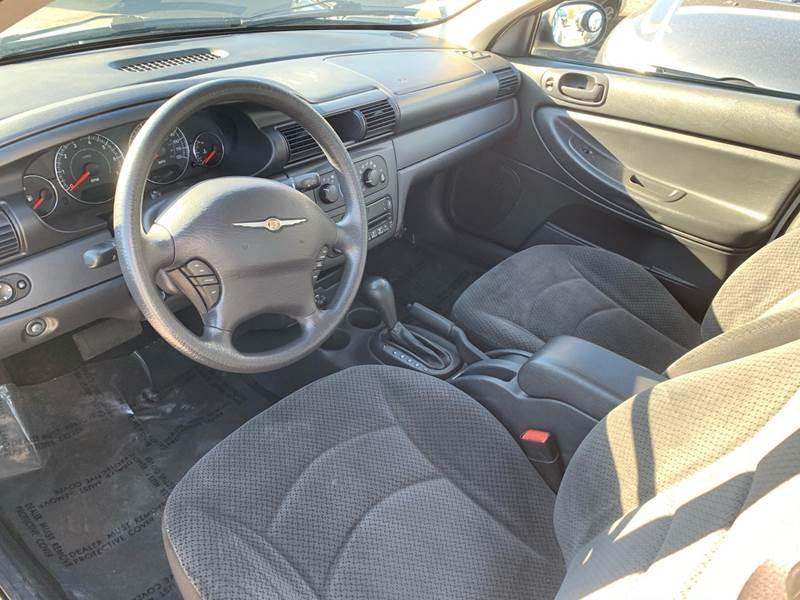 Chrysler Sebring 2005 price $2,990
