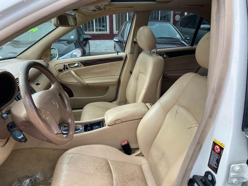 Mercedes-Benz C-Class 2004 price $3,990