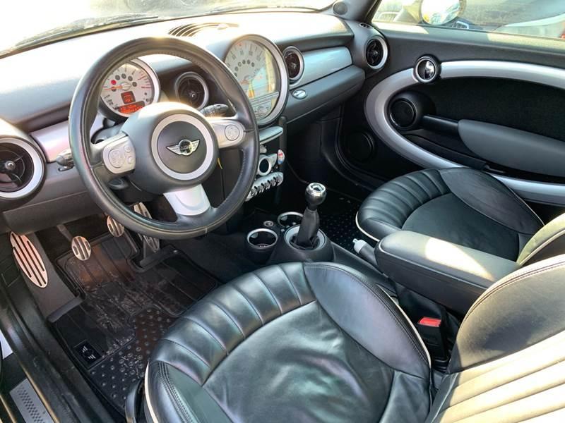 MINI Cooper 2009 price $5,990