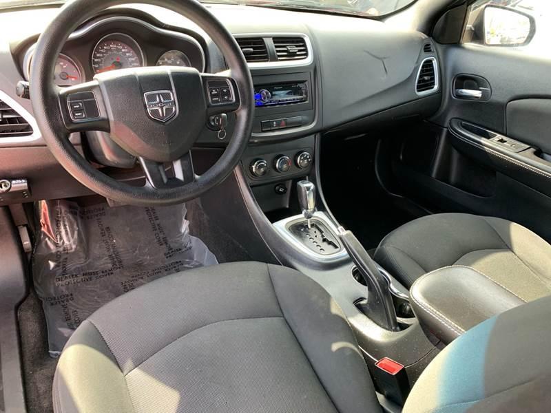 Dodge Avenger 2014 price $6,990