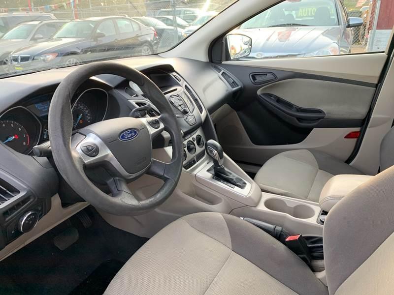 Ford Focus 2012 price $4,488