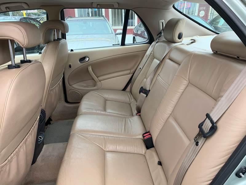 Saab 9-5 2001 price $2,499