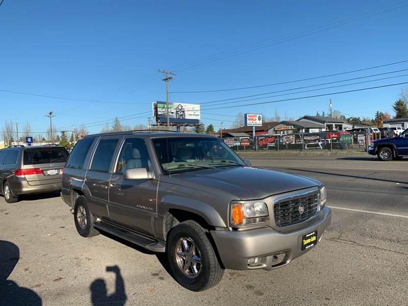 Cadillac Escalade 1999 price $2,990