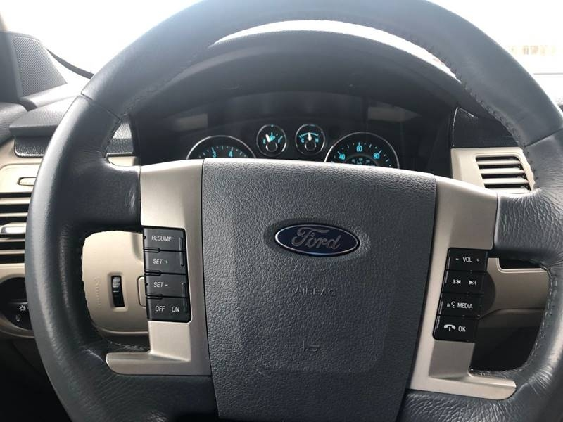 Ford Flex 2009 price $5,990