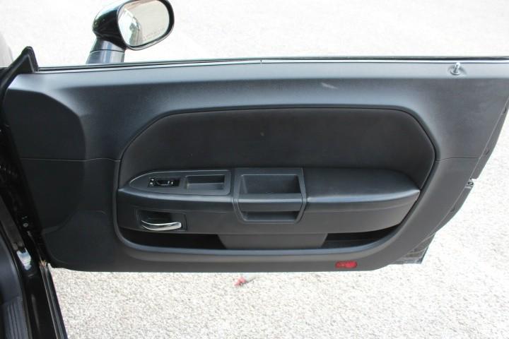 Dodge Challenger 2010 price $8,500