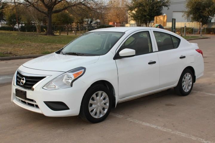 Nissan Versa 2014 price $3,990